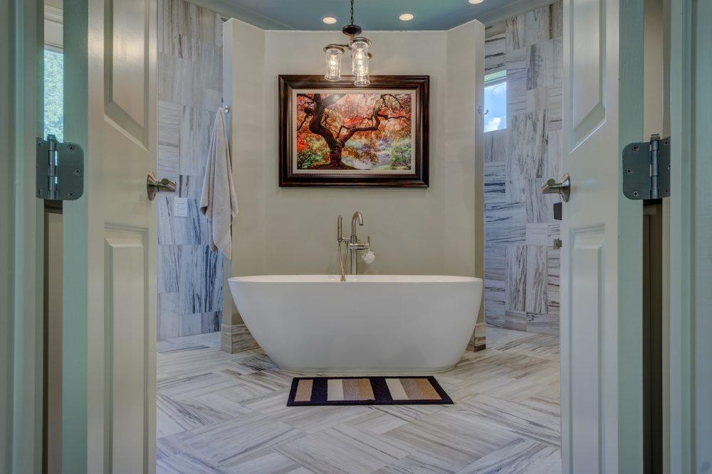 Een nieuwe badkamer aanleggen of verbouwen: kan jij het zelf?